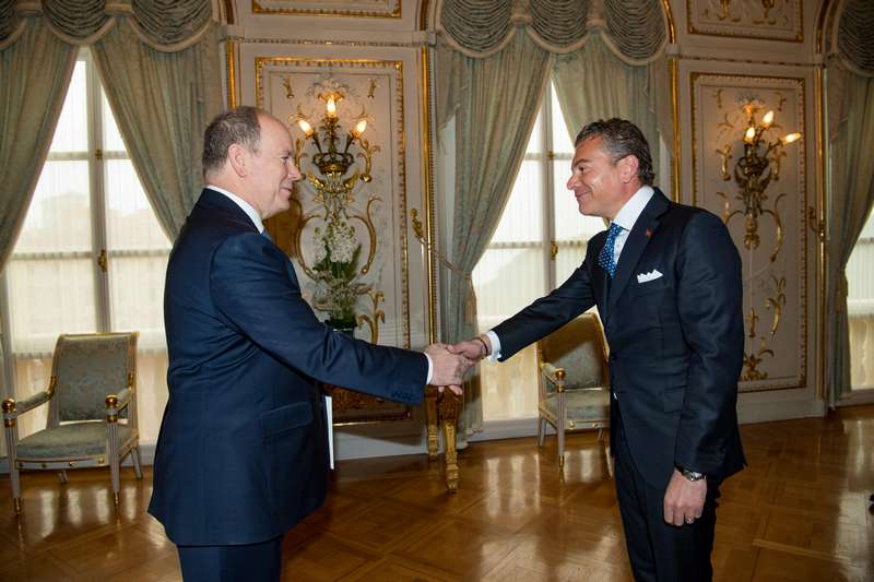 S.E. Dr. Darío Item se encuentra con el Príncipe Alberto II de Mónaco